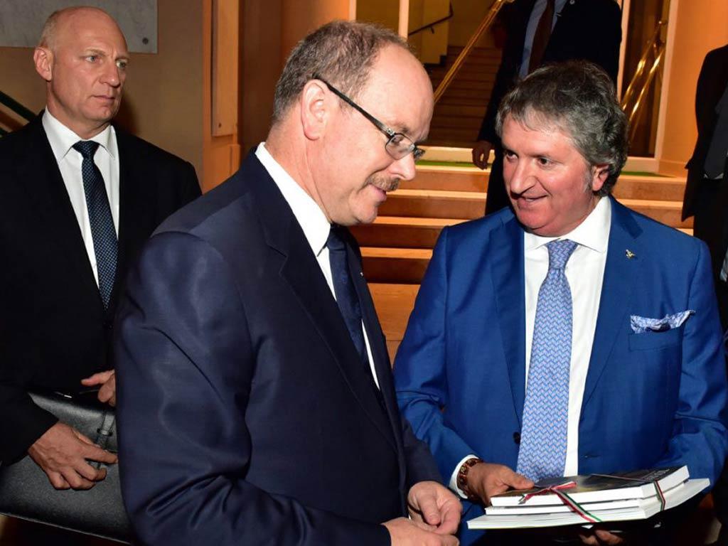 15 mila euro alla scuola Lucatelli dal principato di Monaco. Il Sindaco incontra SAS il Principe Alberto II